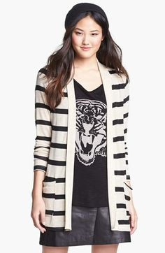Cardigan with graphic T and leggings/jeans