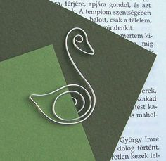 Swan - The Ugly Duckling - Den grimme ælling - wire bookmark.  via Etsy.