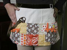 An apron pattern featuring patchwork pockets