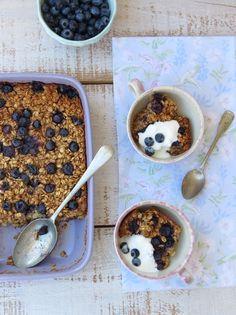 Baked Porridge with Blueberries Clean Recipes, Paleo Recipes, Sweet Recipes, Mexican Papas Recipe, Yummy Snacks, Yummy Food, Healthy Food, Quinoa, Papa Recipe