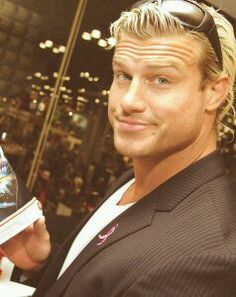 I think this is my favorite picture of Dolph Ziggler. Look at his eyes! Watch Wrestling, Wrestling Wwe, Blond, Best Wrestlers, Dolph Ziggler, Wwe Tna, Wwe Wallpapers, Professional Wrestling, Wwe Divas