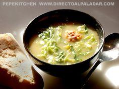 El Caldo verde es el plato nacional portugués, por encima del bacalao y otras delicias gastronómicas de nuestro país vecino. Se elabora en el no...
