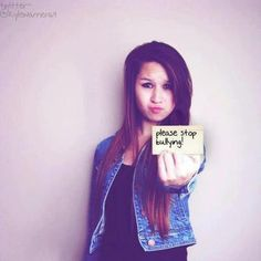 R.I.P. Amanda Todd. 11/27/96 - 10/10/12 Please repost. The one year anniversary of Amanda's suicide. <3 Miss you
