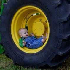 Birthday Picture Pose (John Deere Baby in a Tractor Tire) Cute Kids, Cute Babies, Baby Kids, Kids Boys, Children Photography, Newborn Photography, Photography Ideas, John Deere Baby, Foto Baby