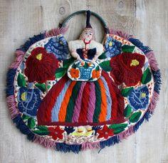 Vintage Yarn Bohemian Floral Embroidered Bag Mexico Curacao Souvenir