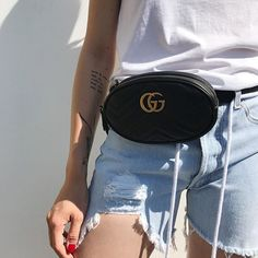 You heard it here first: belt bags are back. Get your '90s on... . WhatsApp our shoppers for enquiries . . #ThreadsStyling #ShotbyThreads #Gucci #Beltbag #Guccibag #Bumbag #Off___White #Denimshorts #Shorts #BOTD #OOTD