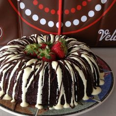 This is a chocolate cake with Velata drizzled on top....YUMMY! No icing needed! http://michellehendrickson.velata.us