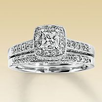 honestly... this is my dream ring. <3 love love love it.. and perfect size! (the 1ct engagement ring isnt bad... but anything bigger than that would be too big for my skinny piano fingers)
