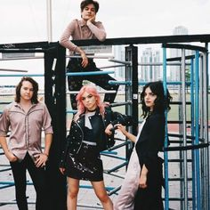 Hey Violet, now without Miranda. :(