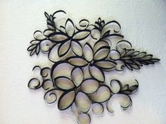 Hanging up on the wall Toilet Paper Roll Art, Paper Wall Art, Paper Towel Crafts, Toilet Paper Roll Crafts, Paper Quilling Designs, Crafts With Pictures, Arts And Crafts, Diy Crafts, Paper Gifts