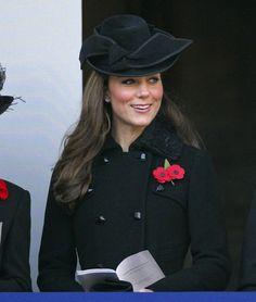 black hat...Remembrance Sunday 2011: HRH The Duchess of Cambridge (13 Nov 2011) [PHOTO CREDITS: Indigo/Getty Images]