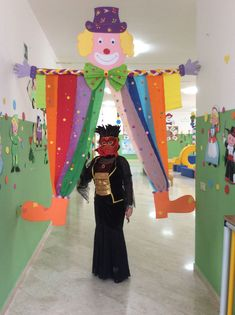Classroom Decorations for Valentine& Day, Christmas Decorations Winter Boy . Clown Crafts, Carnival Crafts, Carnival Themes, Diy Crafts For Kids, Art For Kids, Carnival Tent, Class Decoration, School Decorations, Birthday Decorations