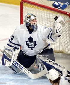 goalie-ed-belfour-of-the-toronto-maple-leafs-makes-a-save-against-the-picture-id56287741 (851×1024)
