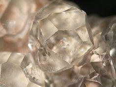Salammoniac, NH4Cl, Kladno District, Central Bohemia Region, Bohemia, Czech Republic. Fov 8mm. Nice crystal of Salammoniac. Copyright: © Elmar Lackner