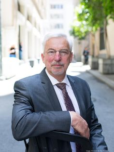 Barry Giles, CEO of BuildingWise, a San Francisco-based green building consulting firm.