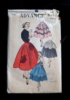 Advance 6231 Misses 1940s Skirt Pattern Circular or Gored, Overskirt, Scalloped, Evening, Peplum