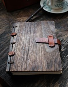 This personalized monogram rustic journal make a good gift for any occasion. It is a perfecttravel companion while traveling.Writeand sketch your notes and i