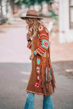 Gypsy Style, Hippie Style, Bohemian Style, My Style, Bohemian Gypsy, Bohemian Fashion, Boho Crochet, Crochet Coat, Crochet Fashion