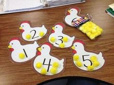 Patterns and counting activities (sea life theme) Counting Activities, Toddler Learning Activities, Animal Activities, Preschool Learning, Preschool Activities, Preschool Farm Crafts, Teaching, Farm Lessons, Farm Animal Crafts