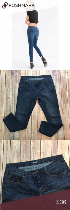 """BDG Mid Rise Twig Ankle Jeans BDG Mid Rise Twig Ankle Jeans. Front rise 9""""/ back 11""""/ inseam 28"""". (B003) Urban Outfitters Jeans Ankle & Cropped"""