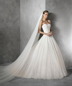 Tendy, robe de mariée en dentelle, décolleté en cœur