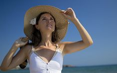 We all think we know the basics when it comes to preventing skin cancer: wear sunscreen, stay in the shade, repeat. Still, skin cancer rates are on the rise. In the past two decades, non-melanoma skin cancer rates have increased 77 percent. One in five of us will develop some form of the disease—including the [...]
