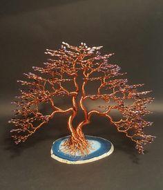 Sculpture Zen ; Modèle UNIQUE, entièrement réalisé à la main.. Bonsaïs en cuivre émaillé, Modèle 600 feuilles céramique bleu foncé à nacré, sur plaque d'Agate bleu - 20345511