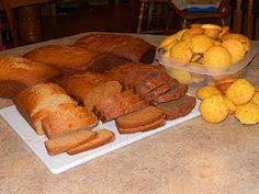 Amish Friendship Bread starter and recipes- if I ever get friendship bread starter again I will be happy that I pinned this.
