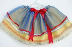 """snow white tutu from the dress up skirt tutorial.I have done the basic """"tie around tutu"""" but this looks much more polished. Little Girl Dresses, Little Girls, Girls Dresses, Princess Tutu, Princess Party, Disney Princess, Dress Up Outfits, Kids Outfits, Snow White Tutu"""