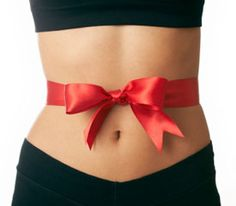 """Tip - Tie a ribbon around your waist when going out for dinner: """"A number of French women wear a ribbon around their waist and underneath their clothes when they go out for dinner. It keeps them conscious of the tummy—particularly if the ribbon starts to feel tighter as the evening goes on!"""""""