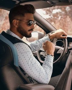 Men Fashion Photoshoot, Mens Photoshoot Poses, Model Poses Photography, Rauch Fotografie, Best Poses For Men, Car Poses, Mens Fashion Suits, Hair And Beard Styles, Man Photo