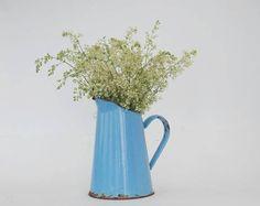 Petit broc ou pichet émaillé bleu Déco cuisine ou jardin