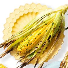 Tarragon-Buttered-Basted Corn on the Cob Grilled Vegetable Recipes, Grilling Recipes, Raw Food Recipes, Grilled Fruit, Grilled Vegetables, Carrots And Potatoes, Summer Side Dishes, Cooking On The Grill, Game Day Food