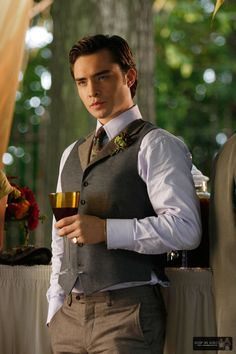 Chuck bass: a good guy that acts like a bad boy. Hehe, and we love him for it!