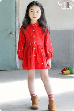 Spring Short Dress for girls 2-6. Cool kids fashion, play ready style.