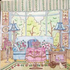 Instagram media yuko_n6426 - おはようございます 今回、何色に塗るか結構迷いました。 ほぼ油性色鉛筆で塗りましたが壁と木は水彩色鉛筆で塗りました〜 #コロリアージュ#coloriage#coloringbook#adultcoloringbook#大人の塗り絵#ロマンティックカントリー#romanticcountry#油性色鉛筆#水彩色鉛筆