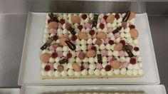 Vanilla sponge/ vanilla mousse/ raspberry mousse/ raspberry jelly/ macaron