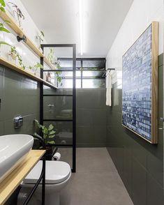 Industrial Interior Design, Industrial Bathroom, Bathroom Layout, Small Bathroom, Loft Studio, Minimal Home, Sweet Home Alabama, Small Apartment Decorating, Small Apartments