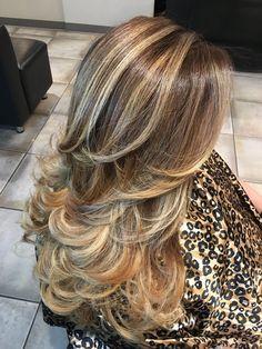 Haircuts For Long Hair, Long Hair Cuts, Hairstyles Haircuts, Long Layered Hair, Layered Bobs, Hair Styler, Brown Blonde Hair, Hair Color Highlights, Hair Affair