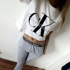 Леггинсы и топ Calvin Klein gray