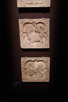 [expo]«Cathédrales 1789-1914 : un mythe moderne» au Musée des Beaux Arts de Rouen Portail des libraires cathédrale de ROUEN :chimère et lion à tête d'homme