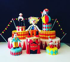 Carnival Cake by The Hot Pink Cake Studio by Ipshita Carnival Birthday Cakes, Carnival Cakes, Circus Cakes, Carnival Themes, Circus Birthday, 2nd Birthday, Birthday Ideas, Hot Pink Cakes, Circus Theme Party