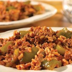 Unstuffed Peppers - If you love the flavor of stuffed peppers, but don& want all the fuss, try this easy skillet dish that features great taste and less work.what could be better? Unstuffed Pepper Casserole, Unstuffed Peppers, Beef Recipes, Cooking Recipes, Healthy Recipes, Skillet Recipes, What's Cooking, Rice Recipes, Cooking Ideas