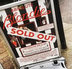 Day 575 - Sold out show with Absolute Blondie