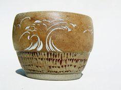 Grès blanc sculpté Yunomi teabowl bois