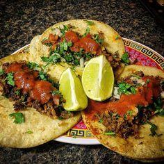 Taqueria La Venganza @thevegantaqueria #vegan barbacoa d...Instagram photo | Websta (Webstagram) Barbacoa, Vegetable Pizza, Tacos, Mexican, Vegetables, Eat, Ethnic Recipes, Instagram, Food