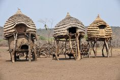 Toposa granaries - The Toposa are one of the biggest tribal groups living in the south eastern border area of South Sudan.