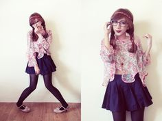 {lucedale} Quirky Girl, Geek Chic, Skater Skirt, Geek Stuff, Skirts, Cute, How To Wear, Fashion, Geek Things