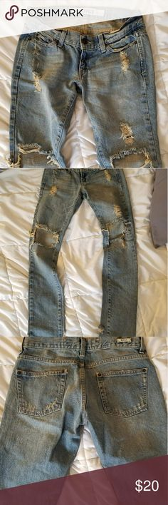 """Brandy Melville ripped denim straight leg jeans A reposh. Wish these fit but they're a bit too small for me...they're marked as a size one but I'd say they're closer to a 0. I can get them on but they're too tight. When I bought them, the seller said they were never worn. They are like new. I'm 5'6"""", 110 lbs for reference. Brandy Melville Jeans Straight Leg"""