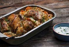 Κοτόπουλο στο φούρνο με ρύζι και λαχανικά-featured_image Food Categories, Weight Watchers Meals, Greek Recipes, Chicken Wings, Poultry, Main Dishes, Good Food, Pork, Food And Drink